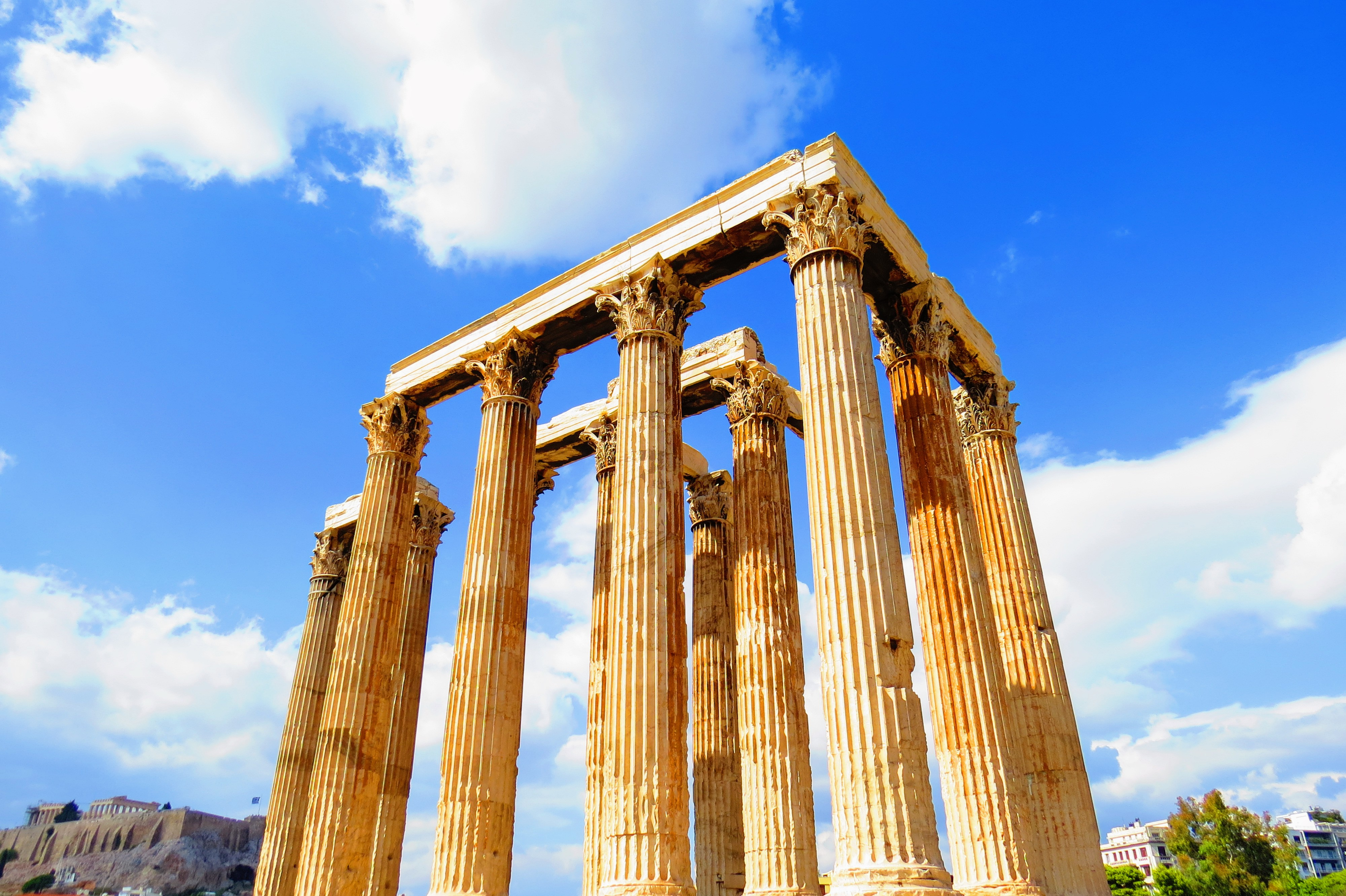 Temple of Olympian Zeus, Athens, Greece. Backpacking Europe www.knowntoventure.com