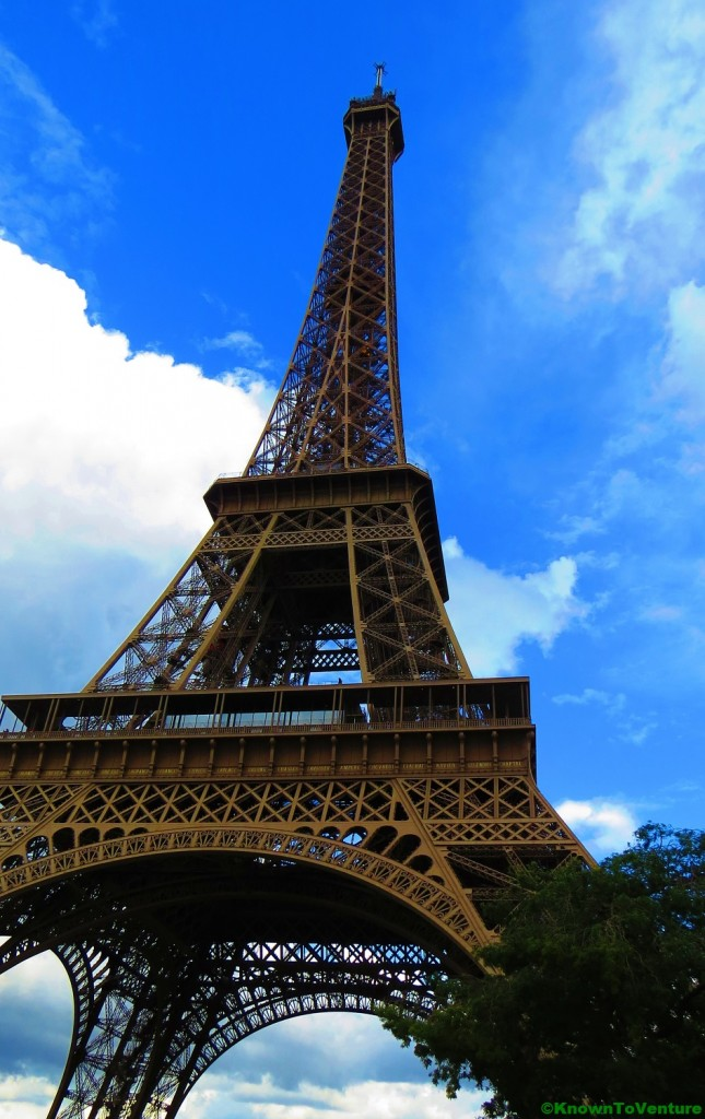 Eiffel Tower, Paris, France www.knowntoventure.com Things to see in Paris