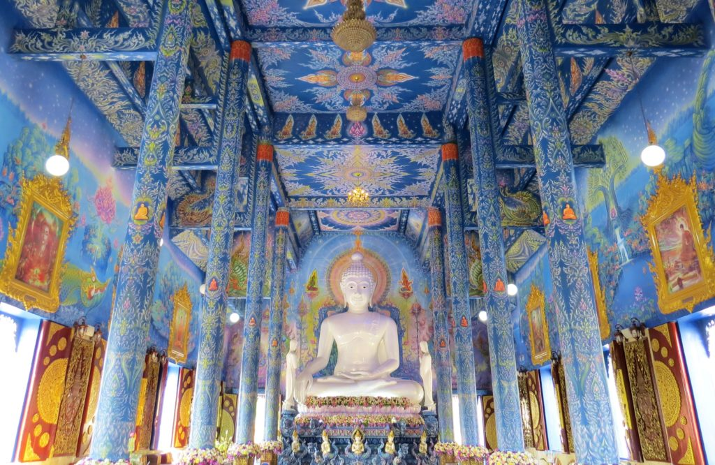 Wat Rong Sear Tean - Chiang Rai www.knowntoventure.com